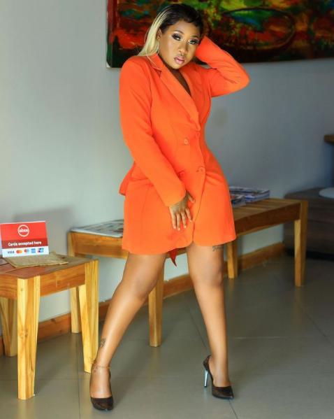 Photos – Amber Lulu, la chanteuse tanzanienne qui embrase la toile